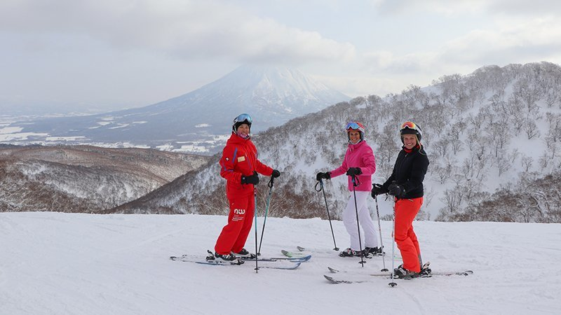 NISS Powder- Room Womens Ski Program Vacation Niseko