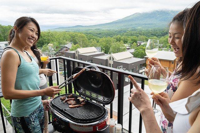 vacation niseko bbq summer