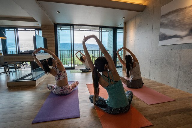 yoga in aspect niseko