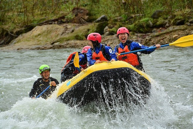 hanazono niseko rafting